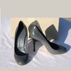 EUC Burberry Grey/Blue Slate Heels Size 39.5